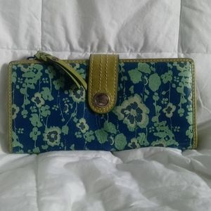 Weekender 'What Vintage are you?' Clutch